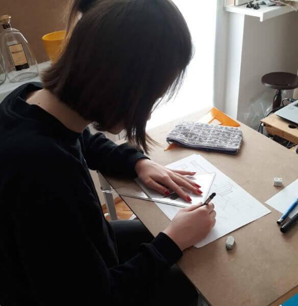 Kiedy zacząć uczęszczać na kurs rysunku, malarstwa, pod przyszłe egzaminy?